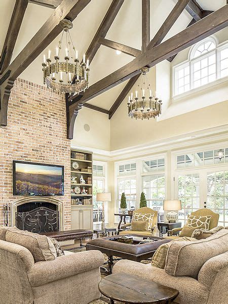 Gorgeous, dramatic living room
