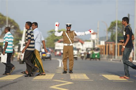 Stop on red | A pedestrian type of image in Sri Lanka