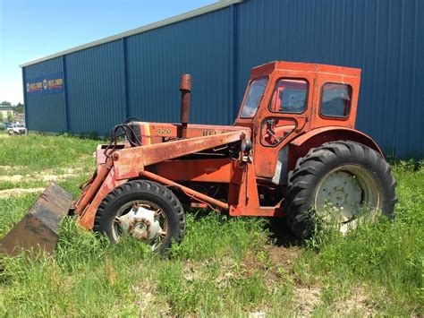 Used Belarus 420 tractors Year: 1984 Price: US$ 2,664 for