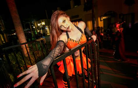 Picture and Photo Gallery   Halloween Horror Nights Hollywood